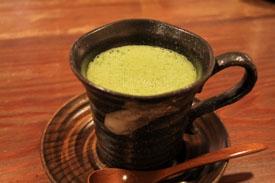 茶フェゆるり抹茶オーレ