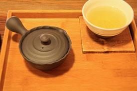 茶フェゆるり玄米茶