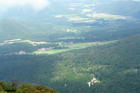 大山から見下ろす山麓