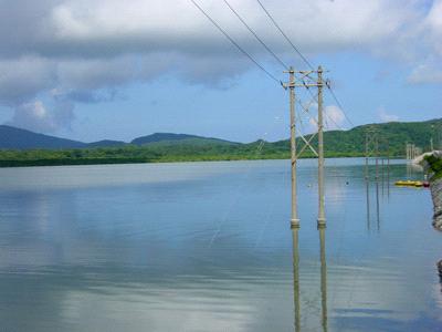 ヒナイ川河口