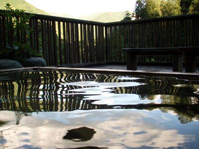 中津渓谷ゆの森露天風呂