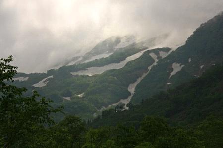 栂池自然園から望む子蓮華岳