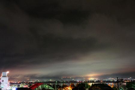 油屋旅館からの夜の諏訪湖