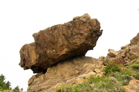 赤石山系縦走奇岩