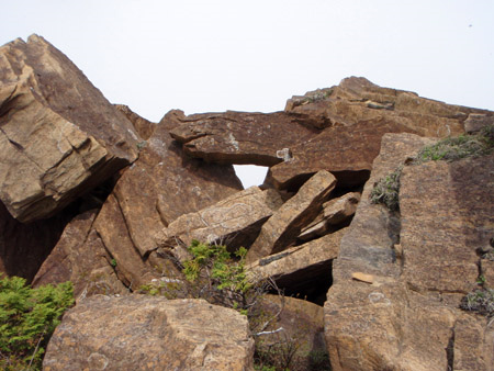 赤石山奇岩