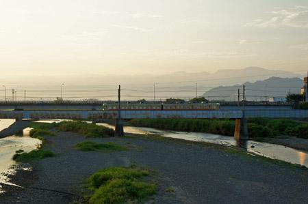 重信川と伊予鉄郡中線