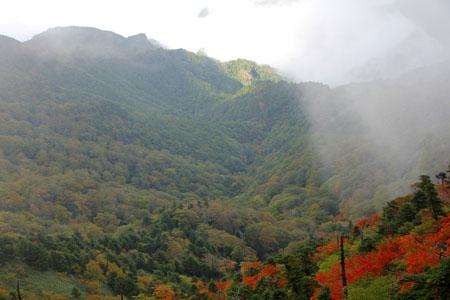 石鎚山と紅葉