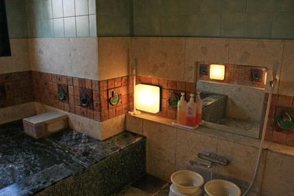 見奈良天然温泉利楽家族風呂