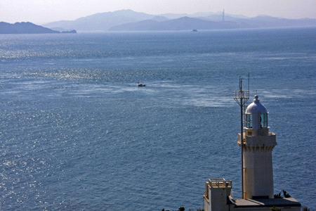 佐田岬灯台と九州