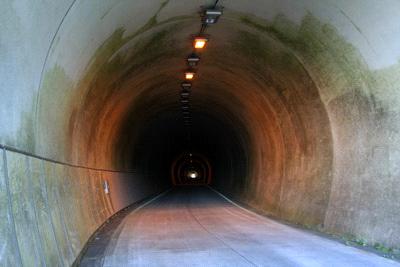 上林トンネル