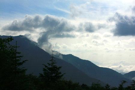 立山高原バスからの山々