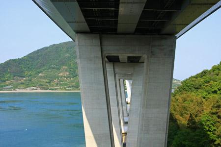 多々羅大橋橋脚