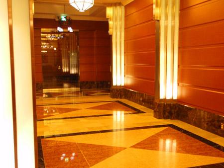 ホテルモントレ ラ・スール大阪のエントランス