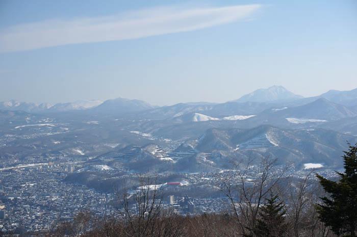 藻岩山からの恵庭岳
