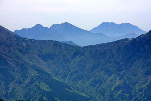西赤石山からの石鎚山