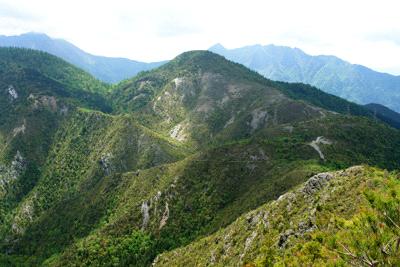 西赤石山からの銅山峰