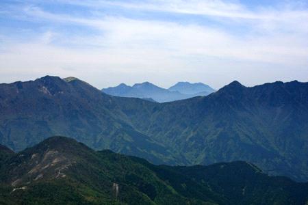 西赤石山からの展望