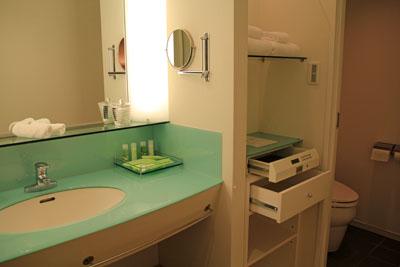 グランドニッコー淡路洗面室