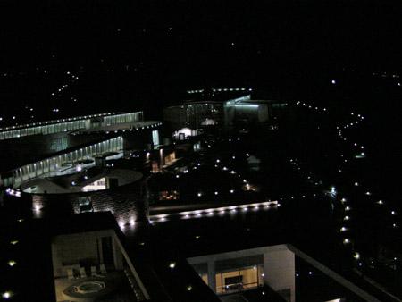 グランドニッコー淡路ブレジデンシャルスイートからの夜景