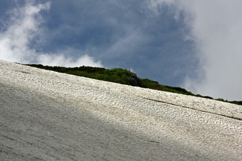 白馬乗鞍岳の雪渓
