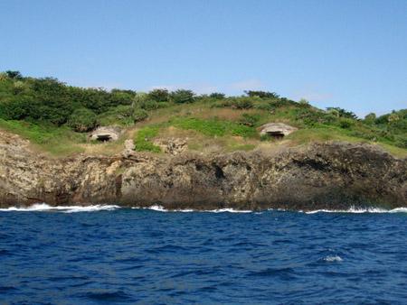 母島のトーチカ
