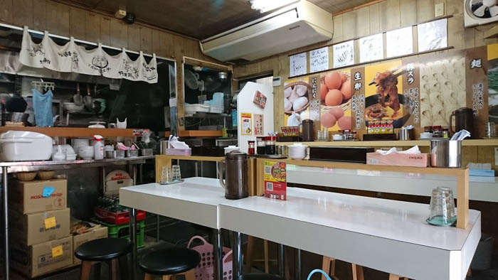 徳島ラーメン東大本店店内