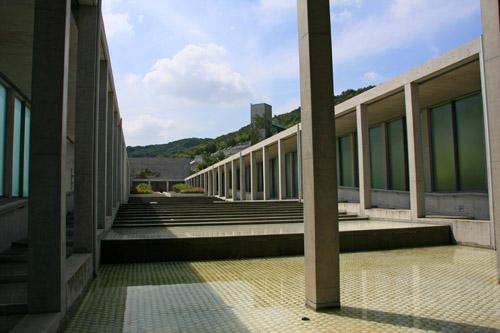 淡路夢舞台山回廊