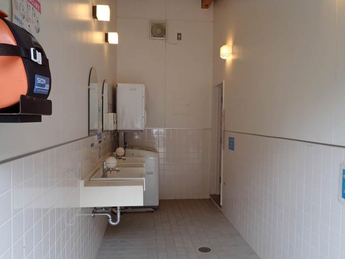 竜ヶ浜キャンプ場洗面所