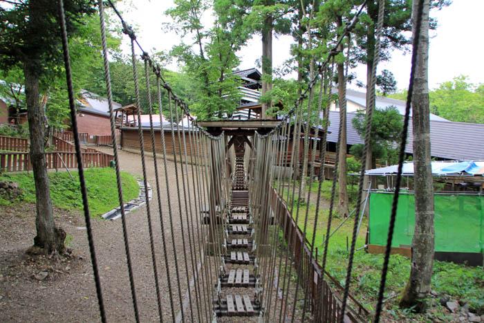 チビッコ忍者村飛び猿の術