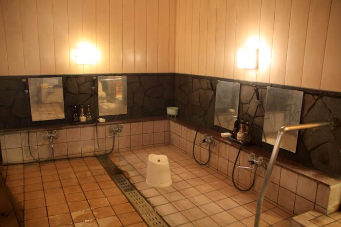 小瀬温泉ホテル内湯洗い場